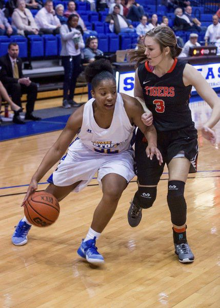 Late rally falls short for ECU women | Local Sports ...