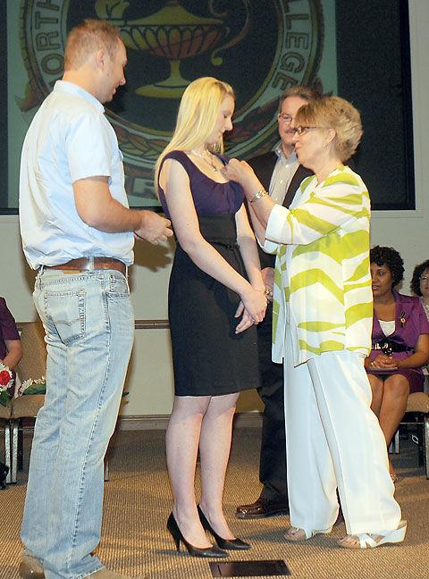 Riley Jordan receives NOC nursing pin