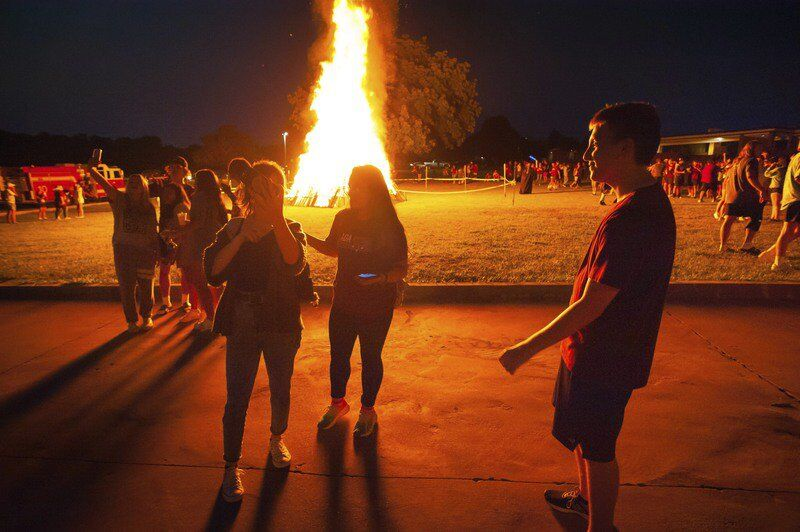In pictures: Ada hosts homecoming bonfire