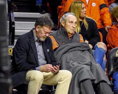 Hall of Famer Eddie Sutton dies at 84