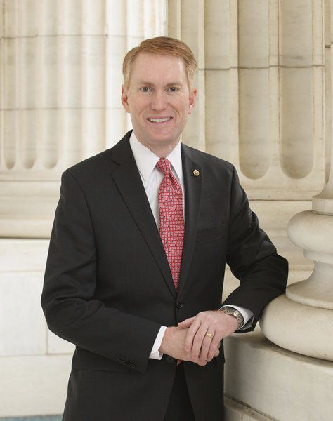Sens. Lankford and Booker introduce bipartisan bill to ban juvenile solitary confinement