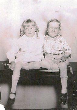 Paul  and Juanita 1927.png