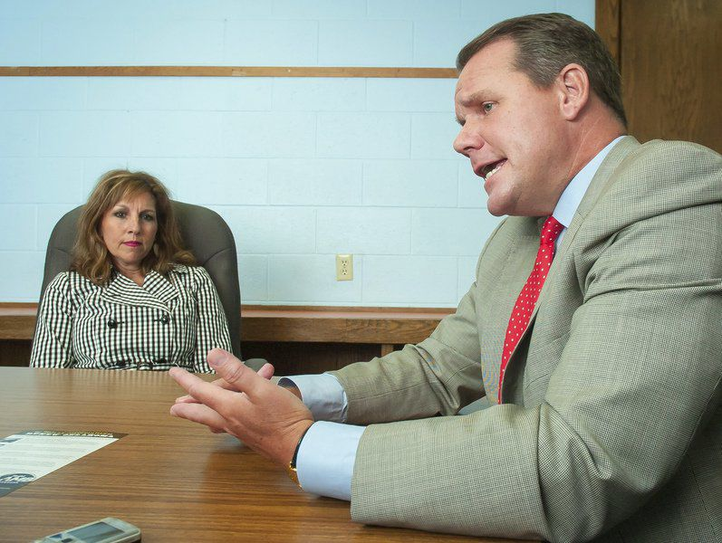 Governor candidate discusses background, outlines plan for renewing Oklahoma