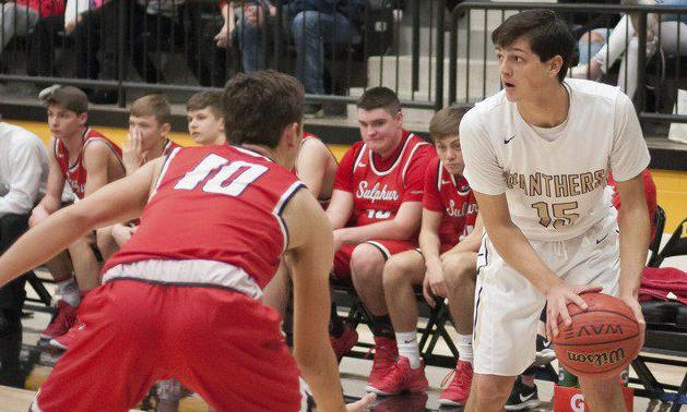 Late Hoppe free throws help secure win for Panthers