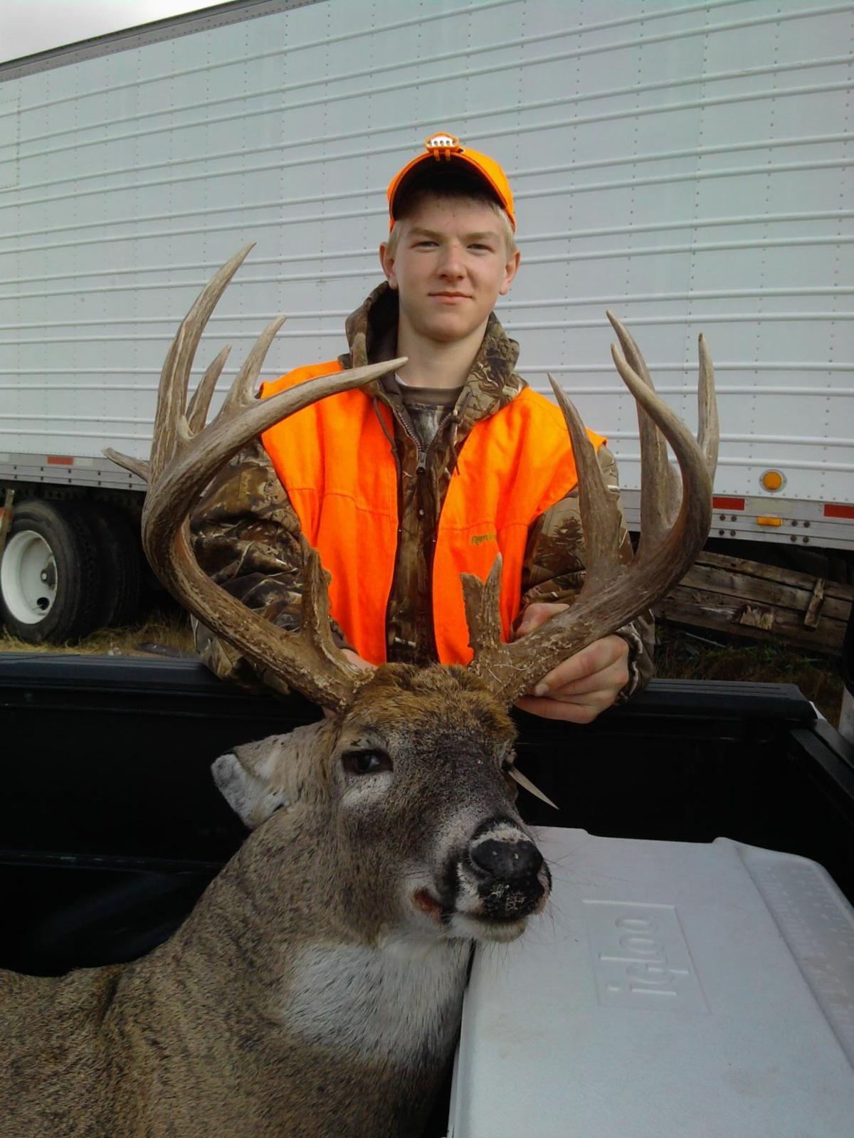 11-21 Zach Big Buck 2010.jpg