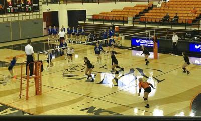 Southeastern slips past ECU volleyball team