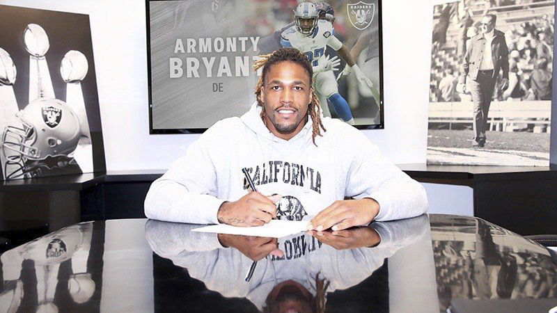 Armonty Bryant lands in Oakland