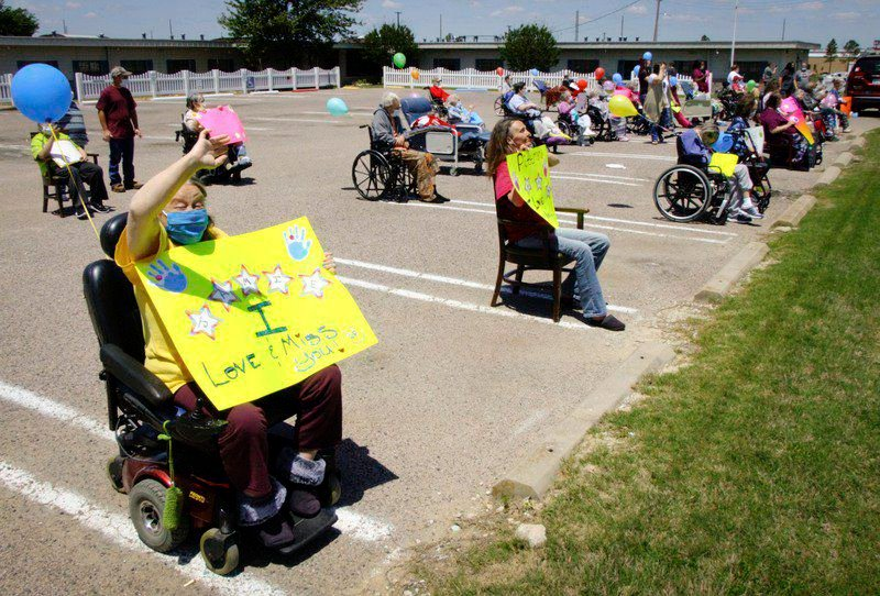 Ada Care Center holds parade for residents