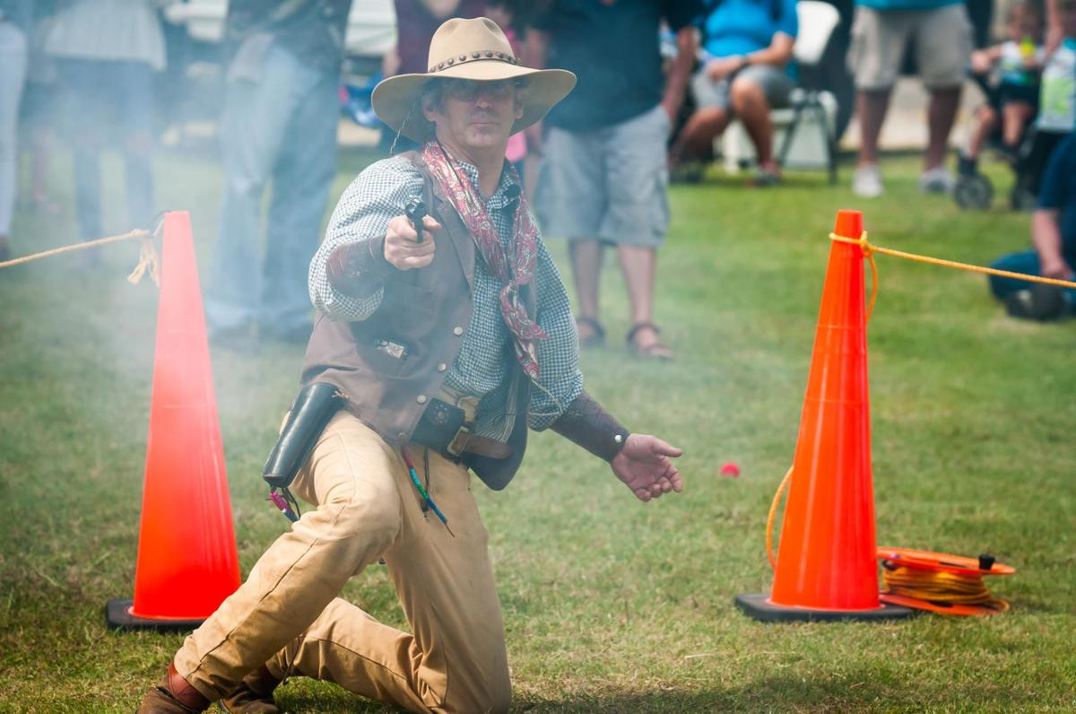Gunfighters show off at Peach Festival