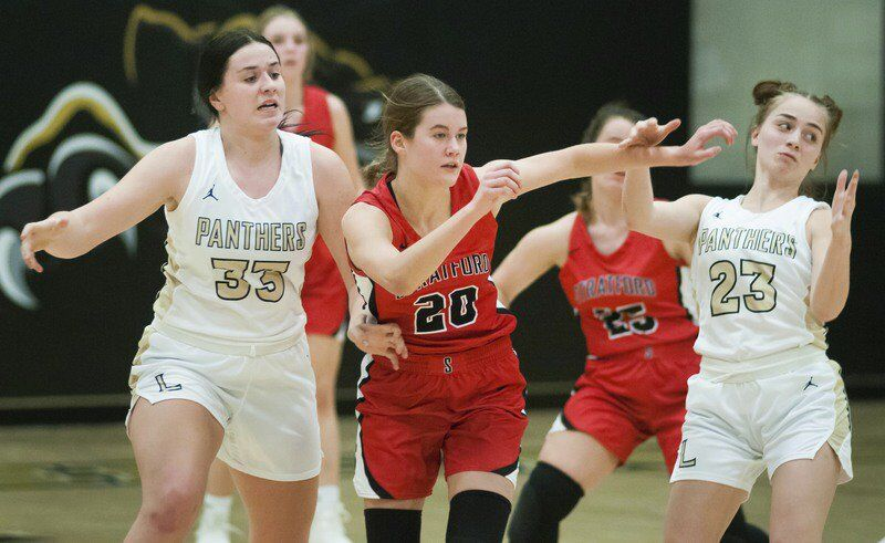 Lady Bulldogs can't keep pace with No. 3 Latta