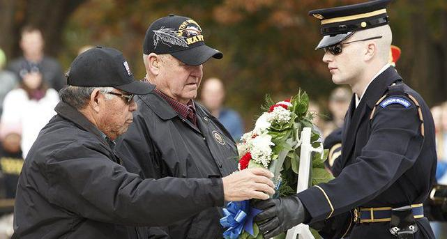 Chickasaw veterans lay wreath at national shrine