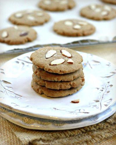 Spice up your holidays with these European-style cookies