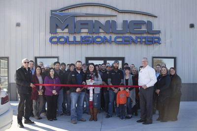 Manuel Collision Center >> Chamber Celebrates Manuel Collision Center Grand Re Opening Local