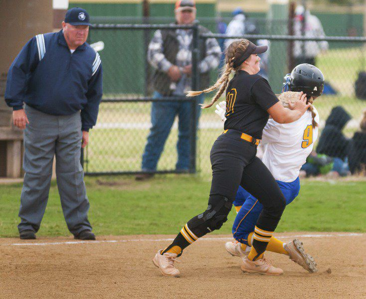 Lady Panthers roll past Hobart