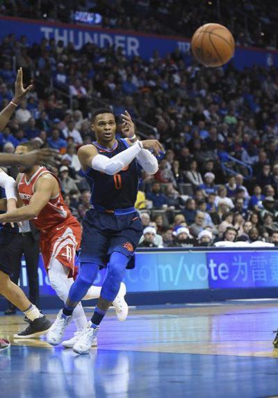 Rockets keep streaking against OKC Thunder
