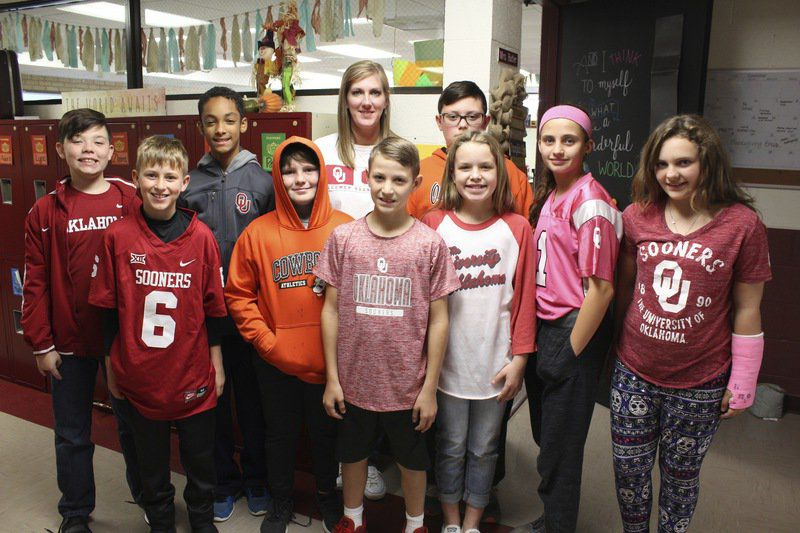 Homer Elementary Students show their Bedlam spirit