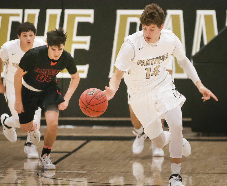 Smith leads Latta past Konawa