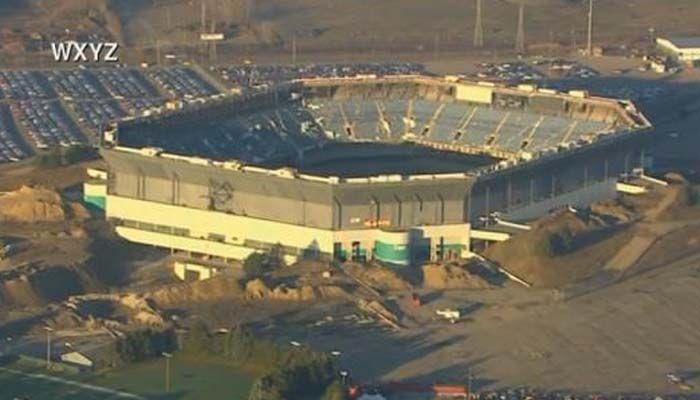 Despite implosion attempt, Silverdome still standing