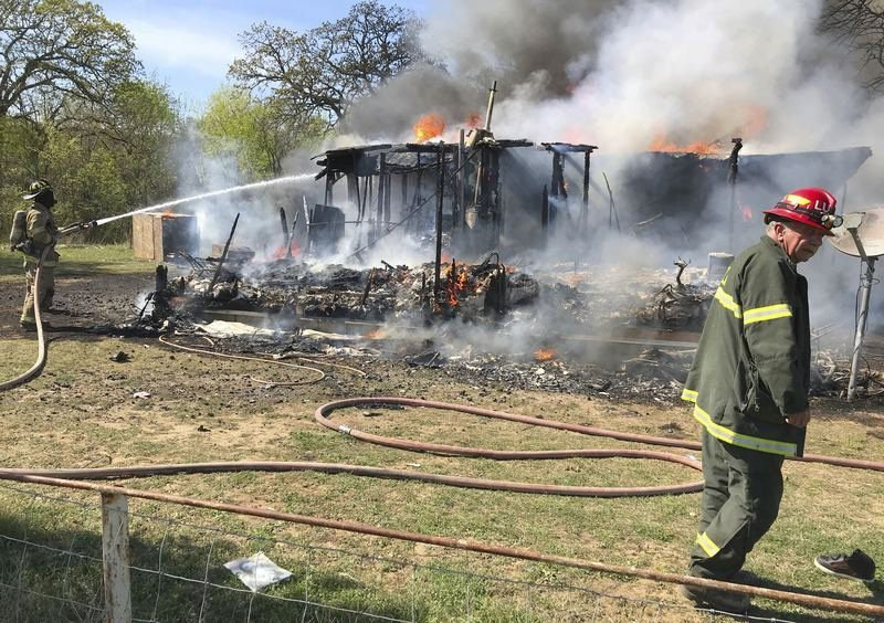 Fire destroys home east of Ada