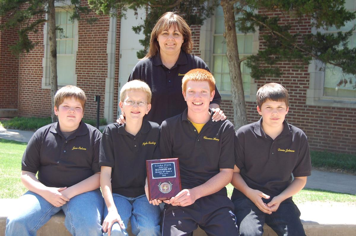 Tupelo students.jpg