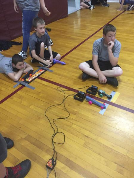 McLish students design and build CO2 dragsters