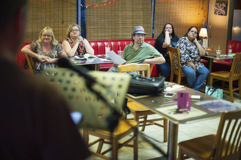 Open Mic Nyte brings café culture to Ada