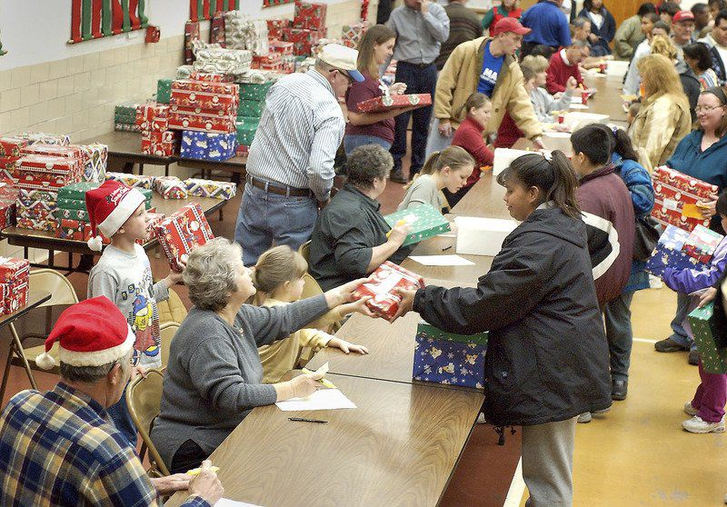 Season of giving: Spirit of Christmas Corp. provides gifts ...