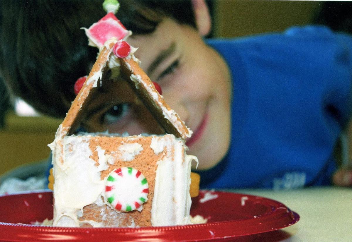 Gingerbread workshop boy.jpg