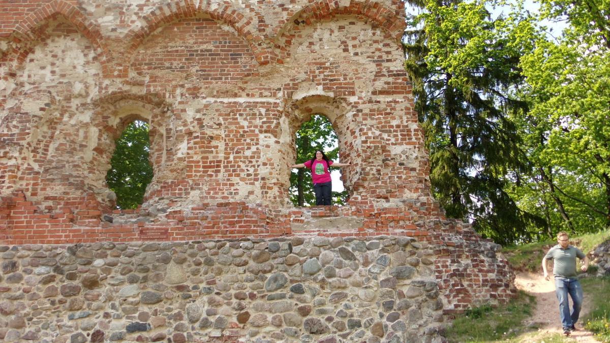 Castle Ruins, Viljandi, Estonia.JPG