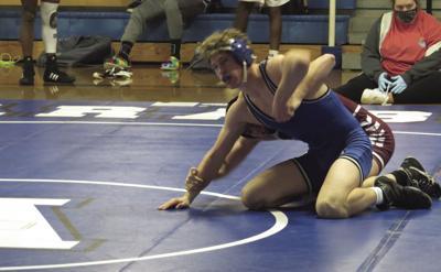 Arab defeats Gardendale in wrestling