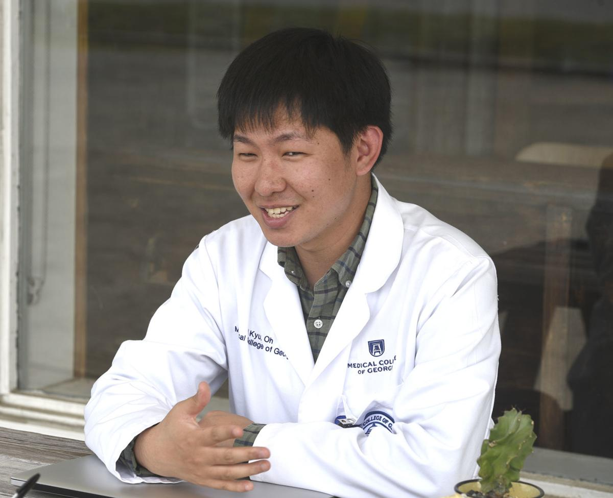 101219_korean doctor 1