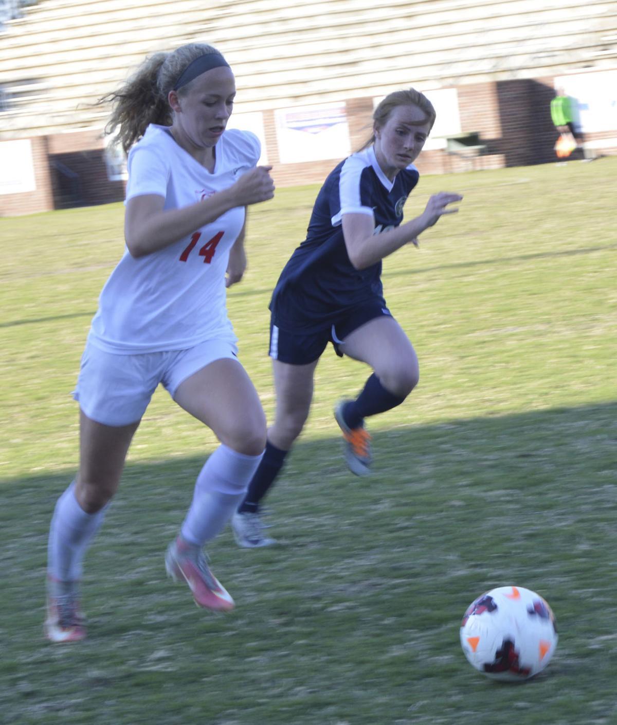 031418_ga girls soccer 2