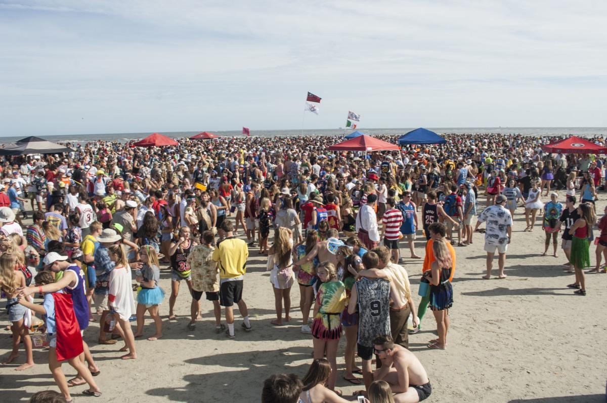 Revelers Pack Frat Beach Ahead Of Georgia Florida