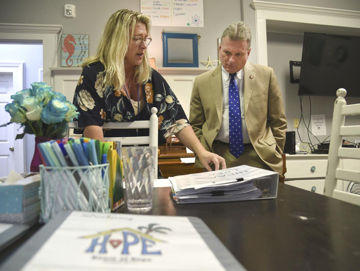 carter visits house of hope