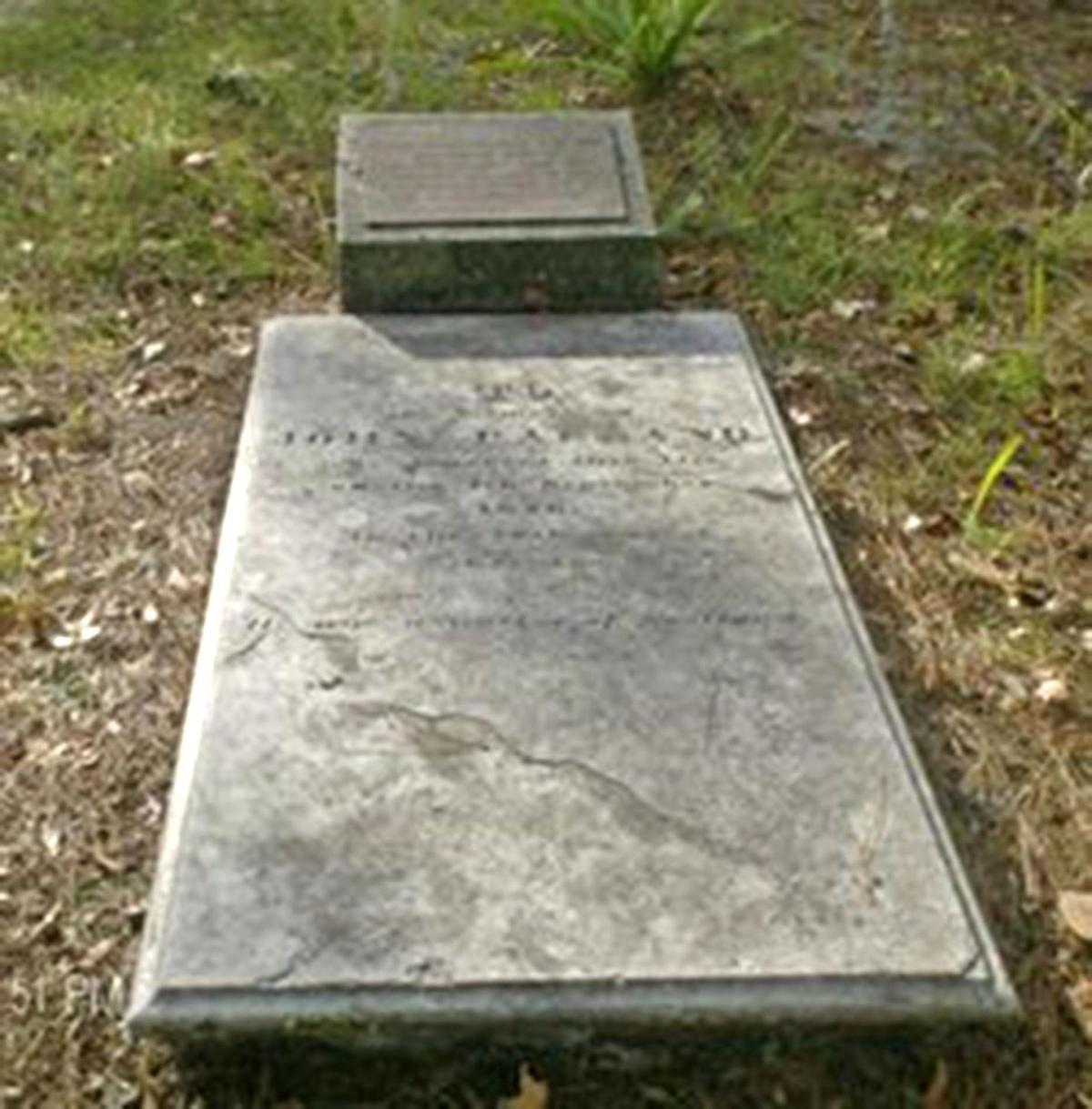 011820_grave 1