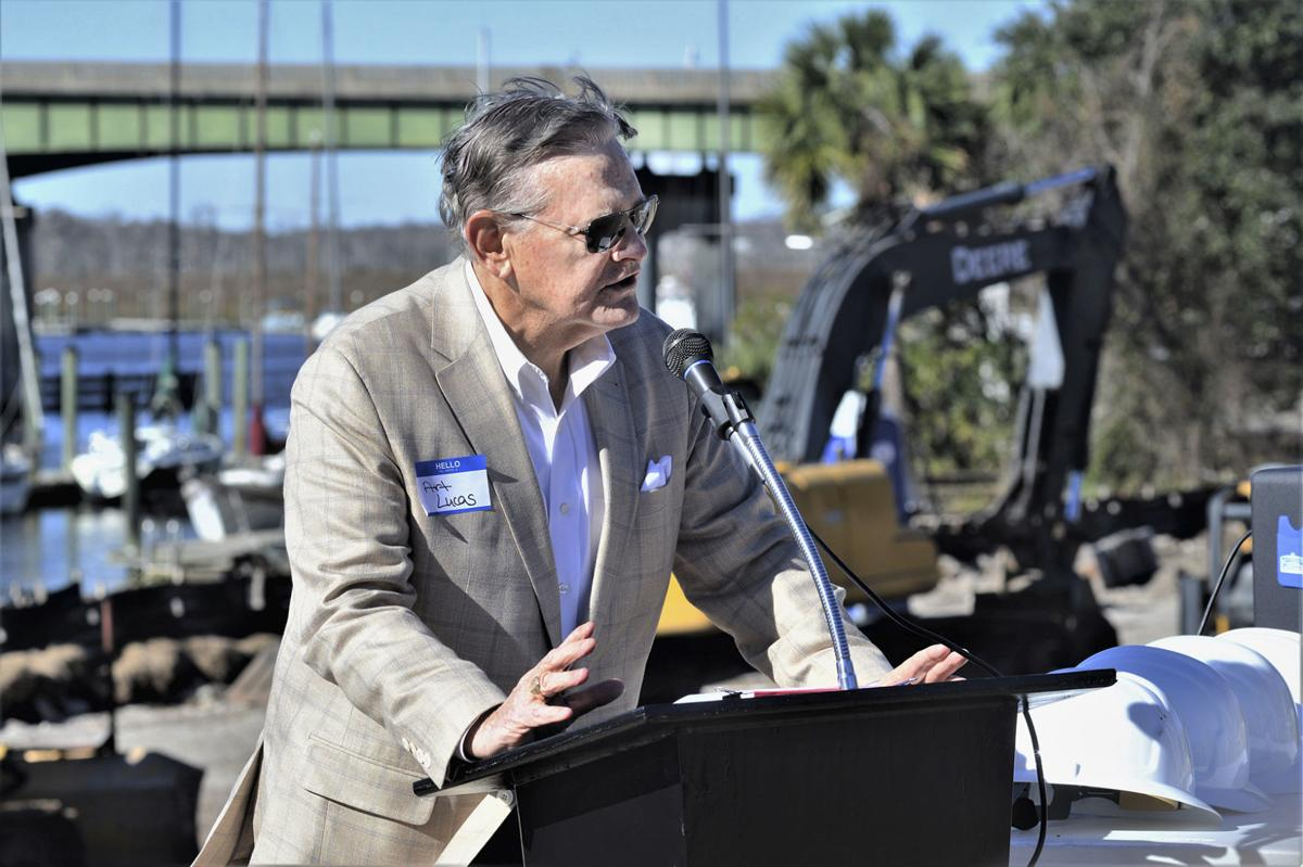 011019_oaks groundbreaking 2