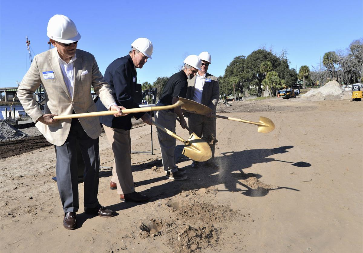 011019_oaks groundbreaking 1
