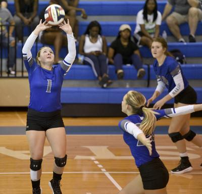 082419_ccga volleyball 12