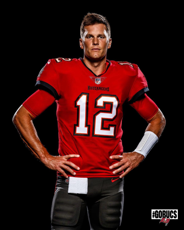 Buccaneers Brady Football
