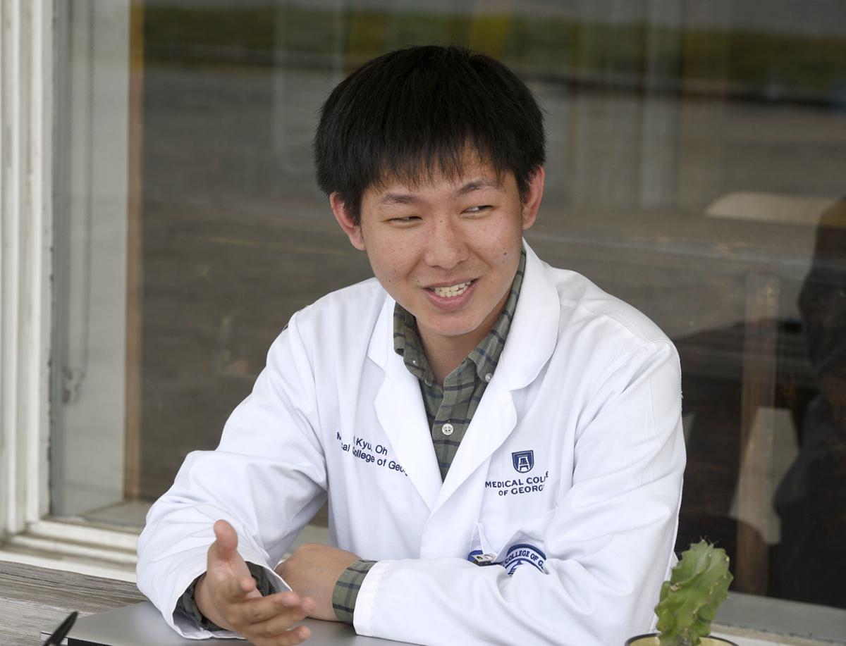 101219_korean doctor 2