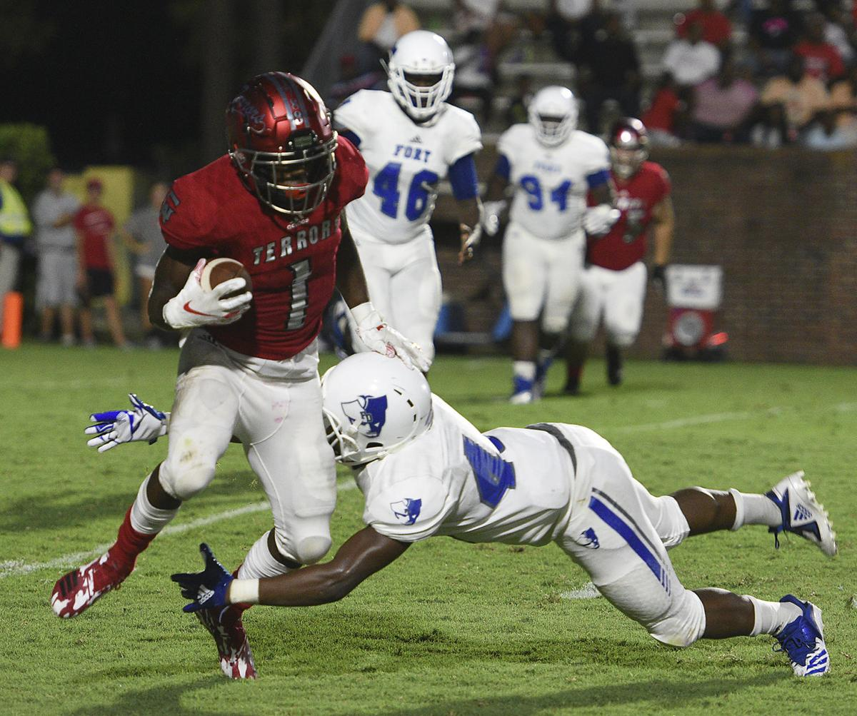 Red Terrors Lose To Fort Dorchester 37 21 In Season Opener Local