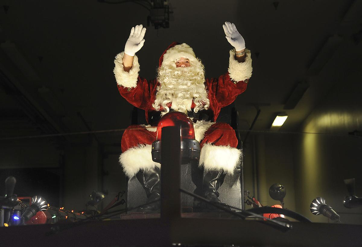 Santa Claus is coming to St. Simons today | Local News | The Brunswick News