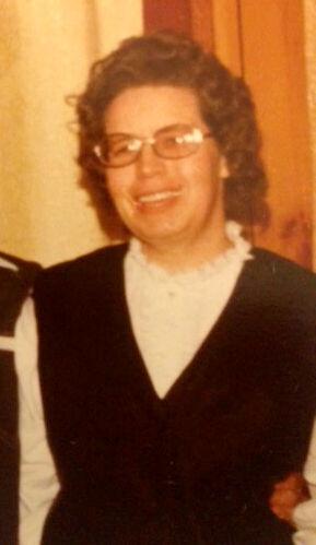 Donna Lee Holz