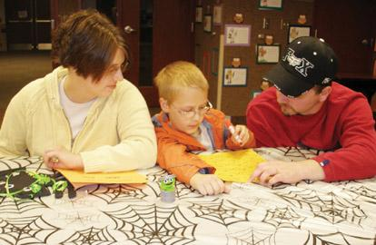 Families scare up reading fun