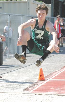 Union City's Morris jumps to states