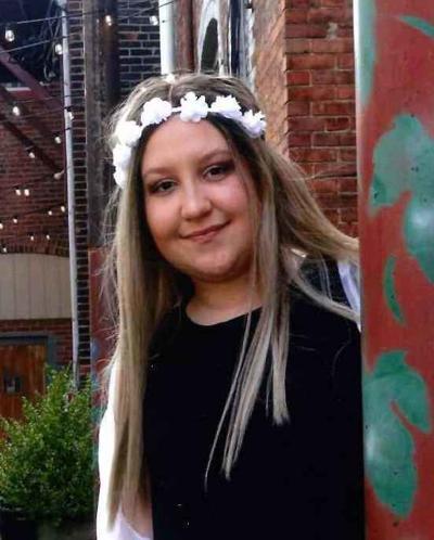 Sydney Marie Schweitzer, 18