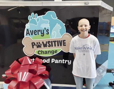 Avery Sontheimer, 14, mobile pet food pantry