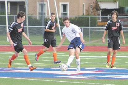 Corry grad guides Warren to soccer victory