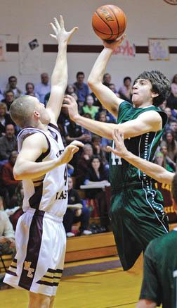 Picker hoopsters to wrap up regular season on the road