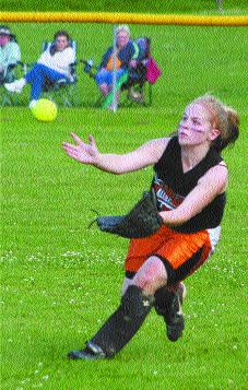 Junior Girls Win with Just One Hit